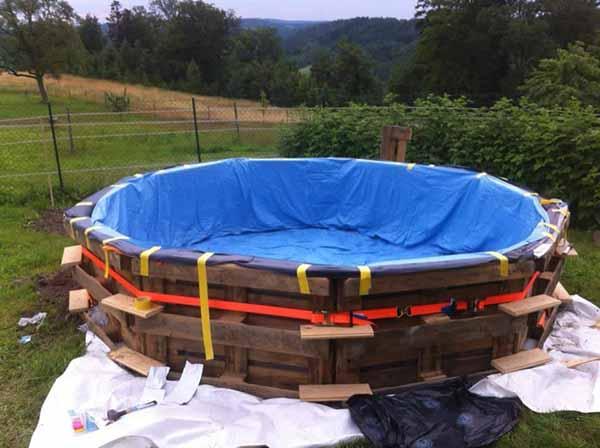 Como construir uma piscina com paletes super f cil e barato for Construir una piscina barata