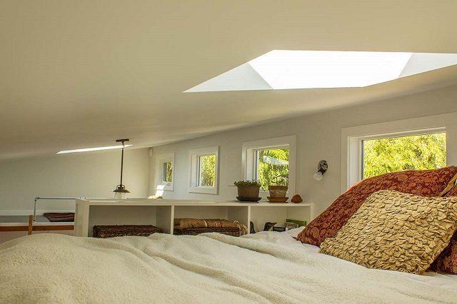 Tiny Home Designs: Pequena Casa Cheia De Luz Com Catorze Janelas. Ideal Para