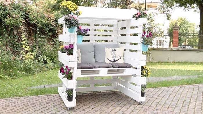 veja como construir este lindo banco com paletes de madeira 1001 ideias. Black Bedroom Furniture Sets. Home Design Ideas